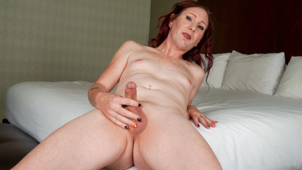Jean Jezebel Shoots A Big Load!