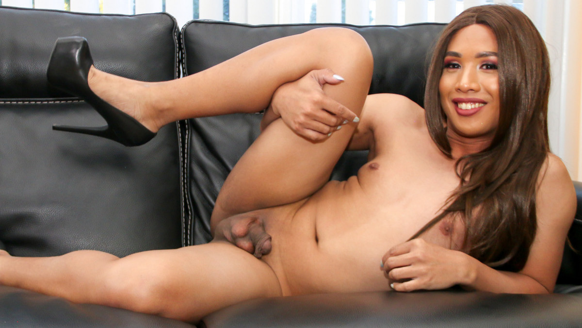 Cindy Martinez Cums!