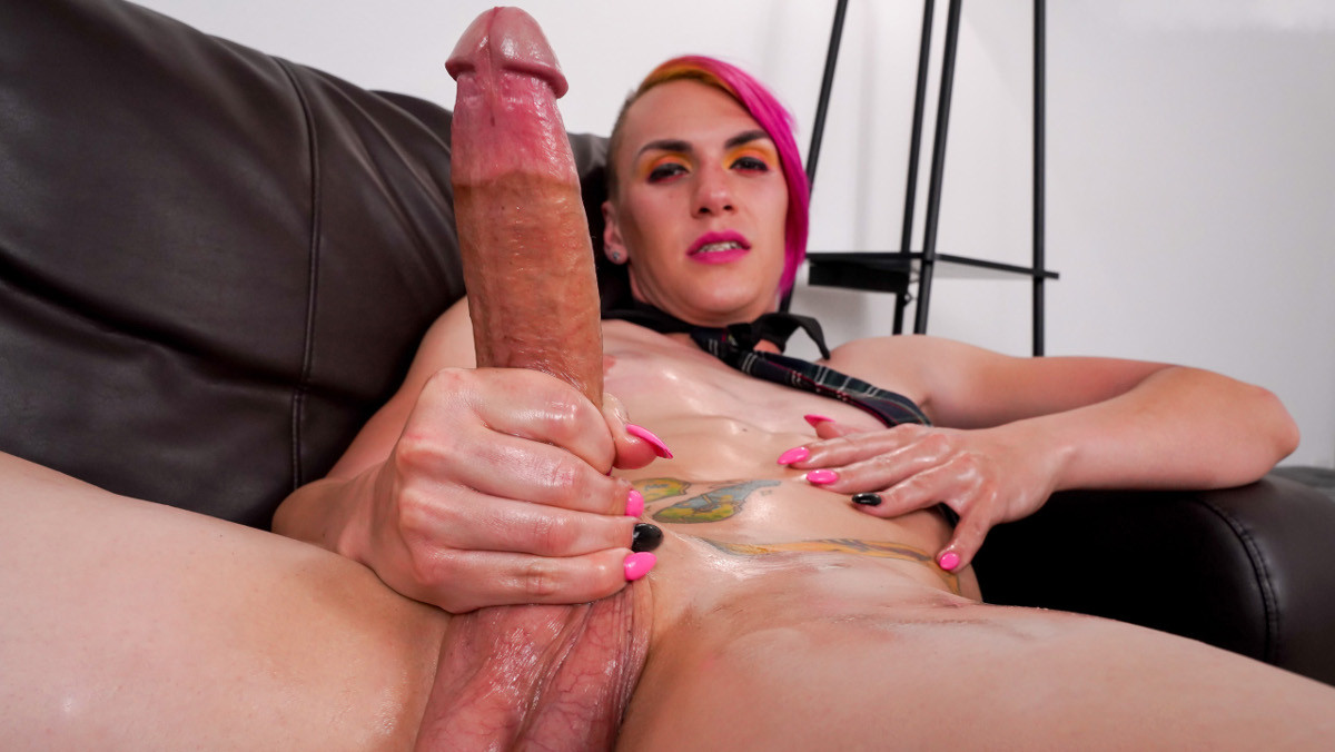 Haven Starr's Big Cumshot!